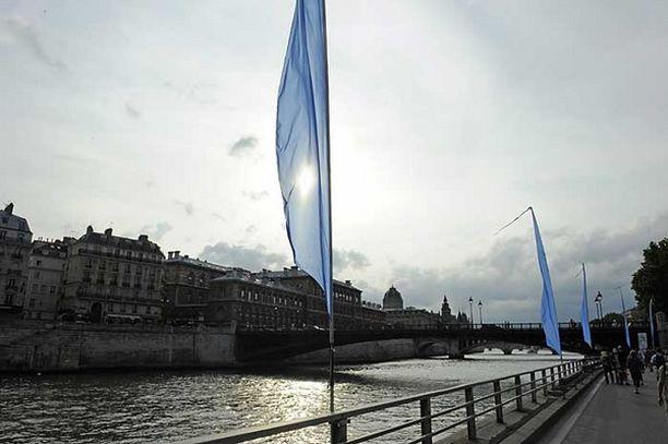 Seine-joki virtaa halki Ranskan pääkaupungin Pariisin.