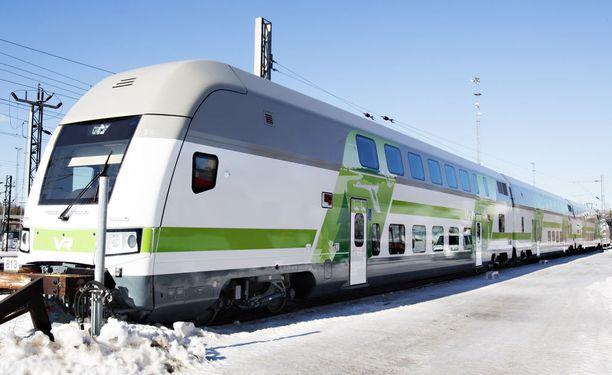 Helsingin seutu ja Riihimäen ja Tampereen välinen osuus ovat Suomen vilkkaimmin liikennöityjä rataosia.