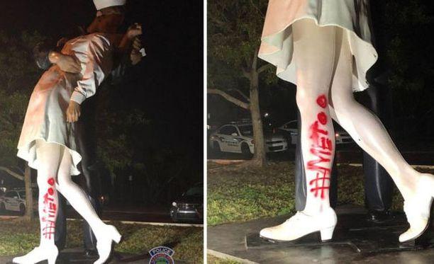 Valokuvien perusteella tehty patsas tuhrittiin Floridassa.