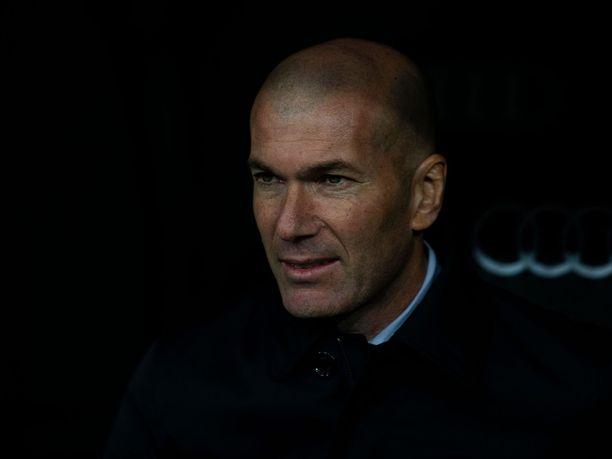 Zinédine Zidane ei ole saanut Real Madridia samanlaiseen lentoon, mitä ensimmäisellä päävalmentajakaudellaan.