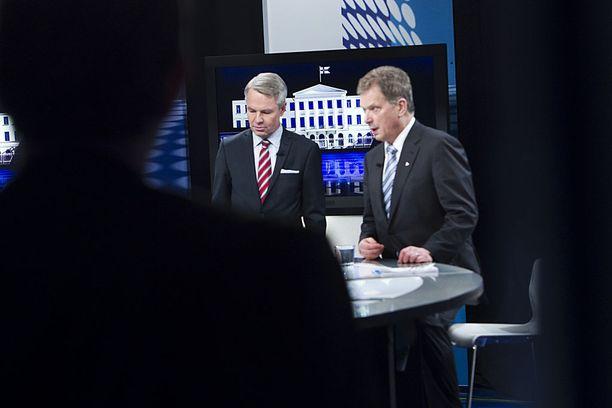 Historia toistuu. Vuonna 2012 presidentinvaalin toisella kierroksella Sauli Niinistö voitti selvästi vastaehdokkaansa vihreiden Pekka Haaviston. Tammikuussa 2012 he kohtasivat MTV:n vaalitenttistudiolla.