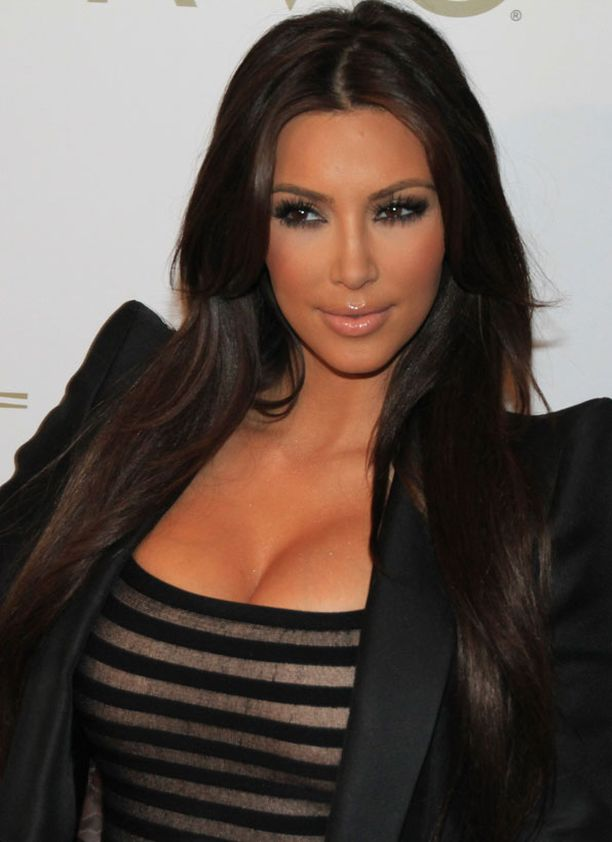 Kim Kardashian tunnetaan suositusta tosi-tv-sarjastaan.