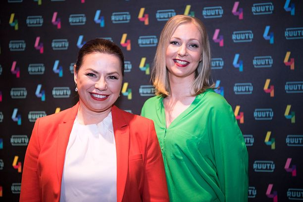 Keisari Aarnio -niminen tv-sarja perustuu Susanna Reinbothin ja Minna Passin kirjoittamaan kirjaan, jossa seurataan entistä huumepoliisia Jari Aarniota.