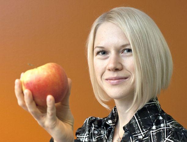 Kuituihin perehtynyt tutkijakoulutettava Jenni Lappi kiinnittää huomiota myös ruuan lisäaineisiin. - Miellän todelliseksi superruuaksi sellaisen, jota ei ole tarvinnut pitkälle käsitellä, hän sanoo.