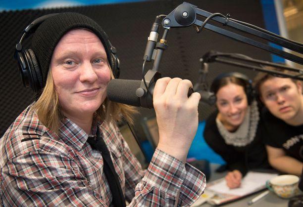 Jaajo Linnonmaa on palkittu vuoden radiojuontajaksi kolme kertaa.