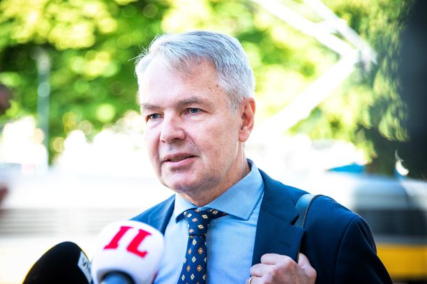 Ulkoministeri Pekka Haavisto matkusti Saksaan, Liettuaan ja Viroon.