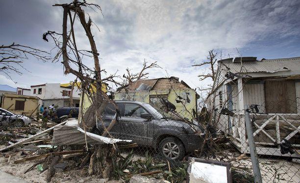 Hurrikaani runteli pahoin Saint Martinia.