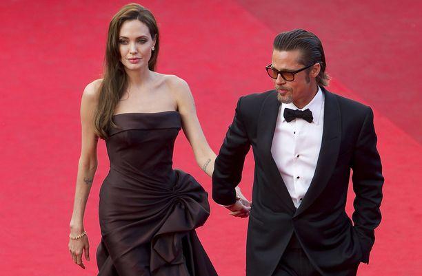 Angelina Jolie ja Brad Pitt ilmoittivat erostaan kaksi vuotta sitten.