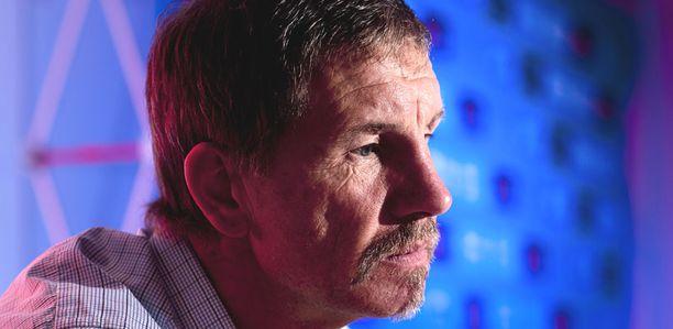 Palloliitto päätti vapauttaa Stuart Baxterin tehtävistään.