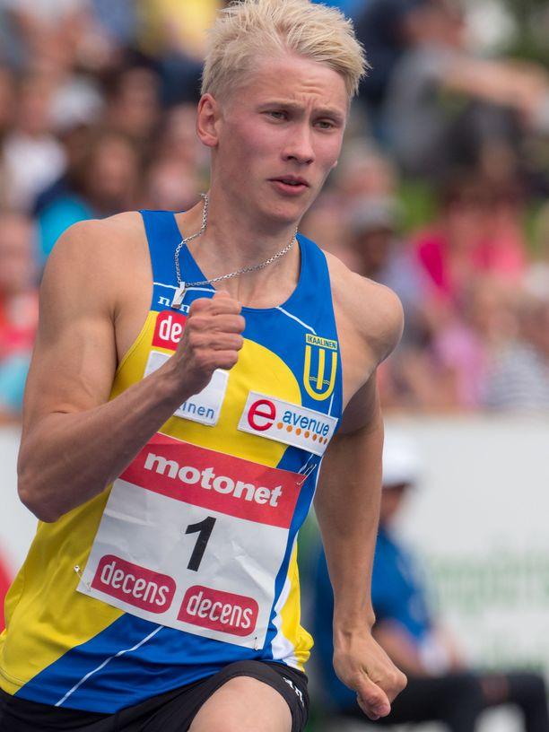 Samuli Samuelsson palasi takaisin tositoimiin. Kuva vuoden 2017 Kalevan kisoista.