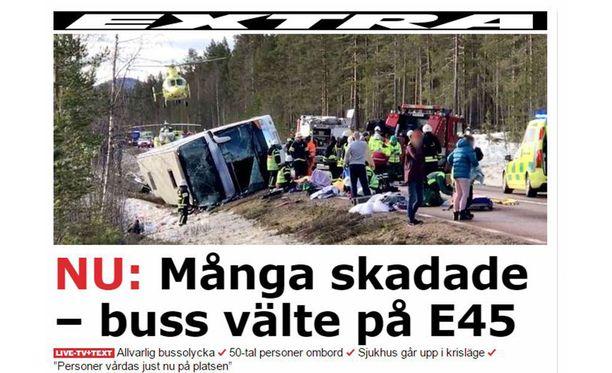 Onnettomuuspaikalla pelastustoimet ovat käynnissä.