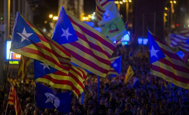 Katalonian itsenäisyyttä kannattava kampanja päättyi perjantai-iltana. Itsenäisyyttä vastaan ei kampanjoitu lainkaan.