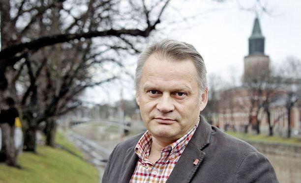 Turun yliopiston professori Markku Wilenius on toiminut tulevaisuuden tutkijana Tulevaisuuden tutkimuskeskuksessa jo yli 20 vuotta.