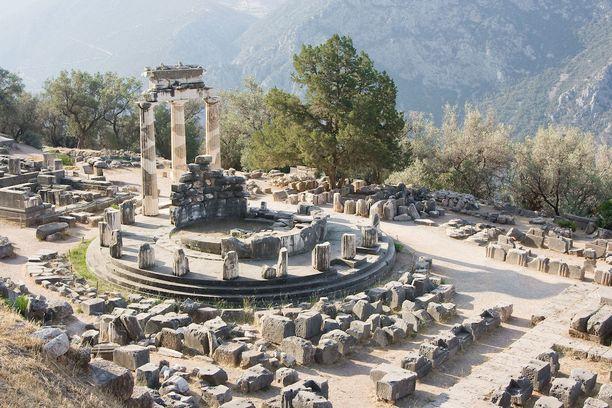 Delfoi ja muut Kreikan kohteet olivat jo roomalaisten matkailijoiden suosiossa.