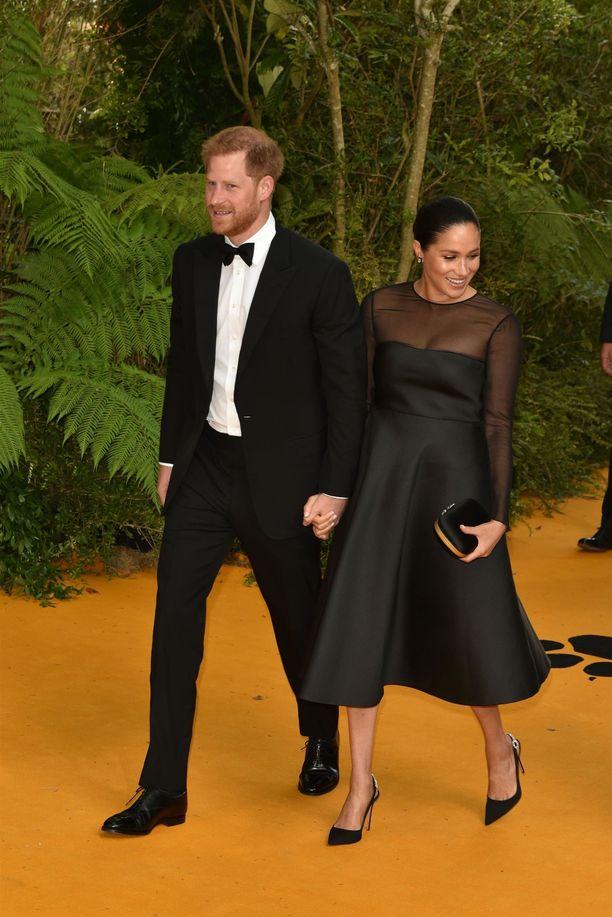 Prinssi Harry on asettunut perheineen Los Angelesiin.