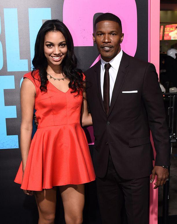Marraskuussa 2014 Corinne ja Jamie-isä ottivat osaa Horrible Bosses 2 -leffan ensi-iltaan.