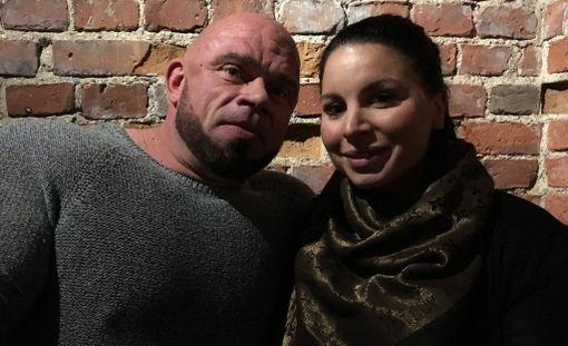 Pari edusti yhdessä helmikuussa Jutta Gustafsbergin kirjan julkistamistilaisuudessa.