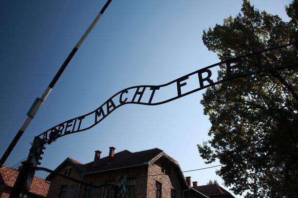 Puolassa, jossa Auschwitzin keskitysleiri sijaitsee, juutalaisvastaisuus on yleisempää kuin Euroopassa keskimäärin.