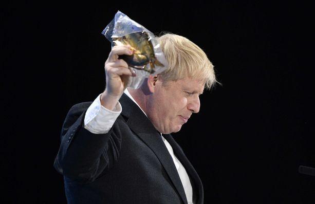 Ennen poliittista uraansa Boris Johnson työskenteli journalismin parissa, muun muassa The Spectatorin päätoimittajana.