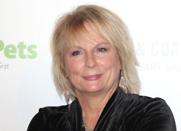 Jennifer Saunders on nähty kymmenissä tv-sarjoissa.