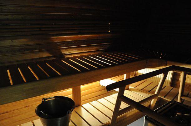Merikarhun sauna lämpiää joka päivä niin joulun pyhinä kuin arkenakin.
