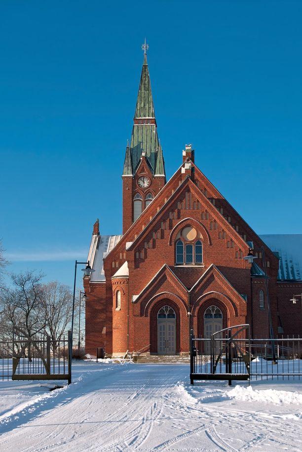 64-vuotias mies surmattiin Forssan Kirkkopuistossa. Kuvassa Forssan kirkko talviaikaan.