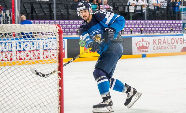 Juhamatti Aaltonen pääsi Valtteri Filppulan ja Sebastian Ahon rinnalle.