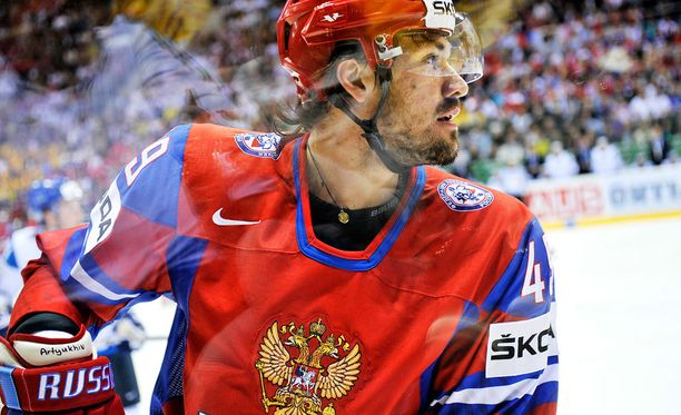 Jevgeni Artjuhinilta varastettiin melkoisen hintava ajopeli.