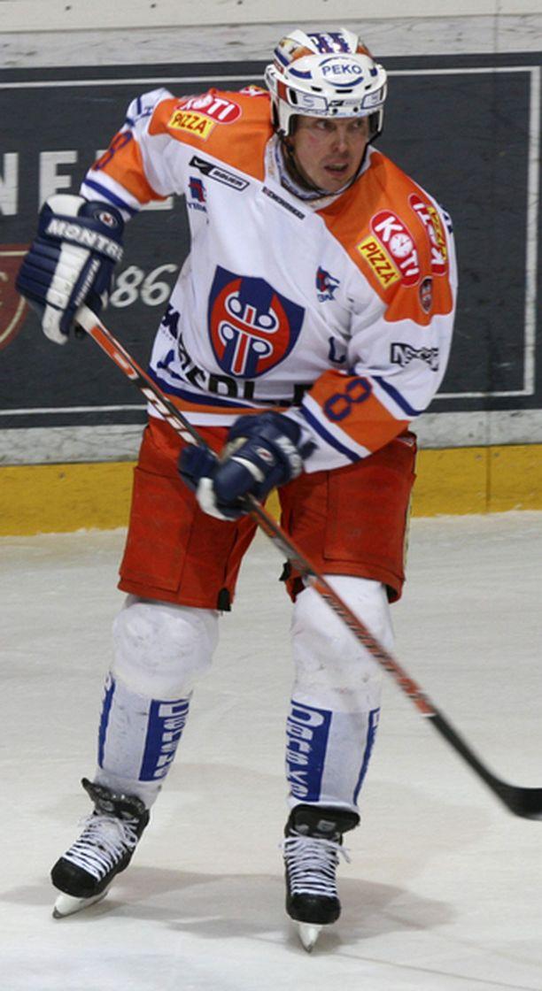 Konkari Janne Ojasen sihti oli kohdillaan lauantai-iltana Hakametsässä.