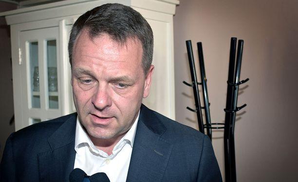 Aamulehden tavoittamat kokoomusvaikuttajat arvelevat, että Jan Vapaavuori saattaa pyrkiä kokoomuksen puheenjohtajaksi kesäkuun puoluekokouksessa.