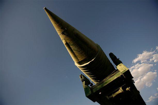 """Venäläinen ballistinen ohjus SS-17. Nato-nimellä """"Satan"""" tunnettu mannertenvälinen ohjus voi kuljettaa jopa kymmenen ydinkärkeä kohteeseensa."""