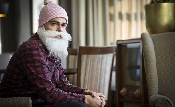 Brother Christmasin tilikirjojen avaaminen pitäisi olla suoritettuna huhtikuussa.