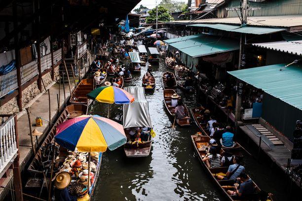 Kelluvat markkinat ovat olennainen osa Thaimaata.
