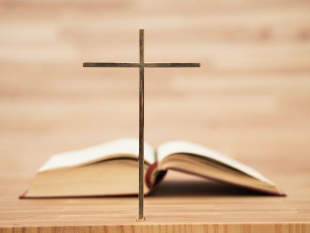 Raamatun tuoretta versiota ei löydy kansien välistä.