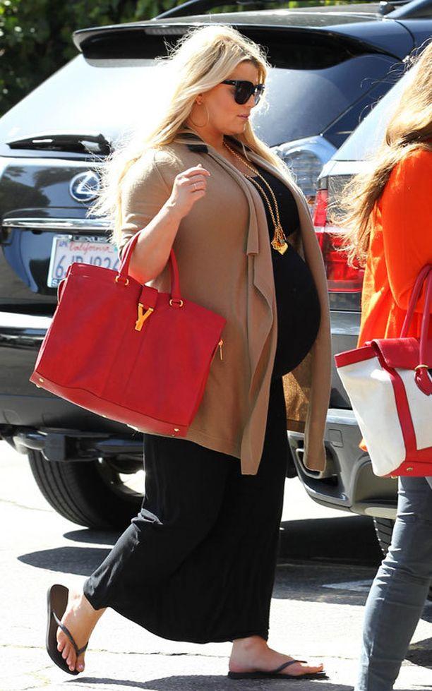 Jessica söi paljon roskaruokaa raskautensa aikana.