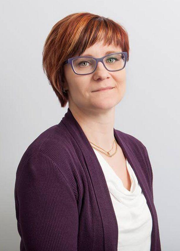 Olen aina ollut kiinnostunut fantasia- ja scifi-kirjallisuudesta, Emmi Lahti kertoo väitöstutkimuksen aihevalinnan taustoistaan