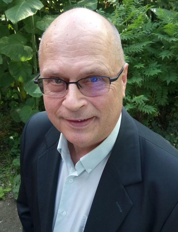 Sotahistorian dosentti Markku Salomaa kysyy, onko Suomen ja Venäjän sopimus vuodelta 1992 vielä voimassa? KUVA: IL.