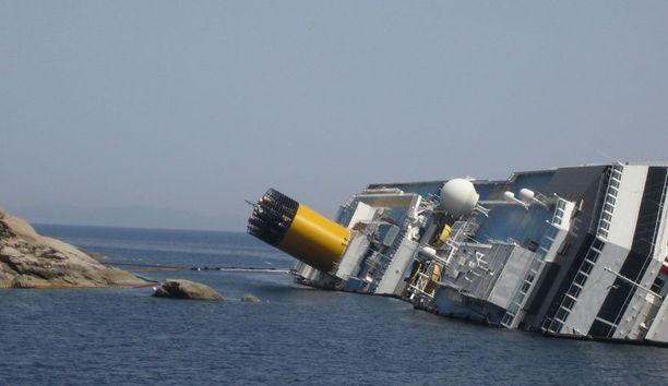 Costa Concordialla oli turman sattuessa noin 4000 ihmistä.