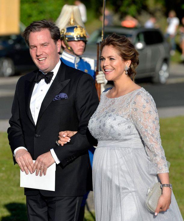 Prinsessa Madeleine ja Chris O'Neill jättivät laivakyydin välistä ja saapuivat suoraan illalliselle.