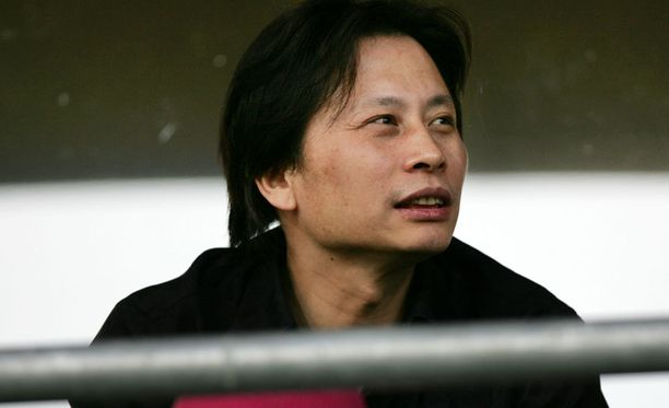 Herra Ye vieraili Vantaan Pohjola-stadionilla 2005.