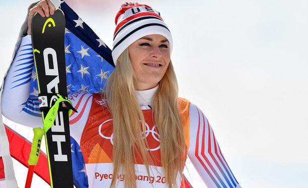 Lindsey Vonn jatkaa Ingemar Stenmarkin maailmancup-voittoennätyksen jahtaamista ensi kaudella.