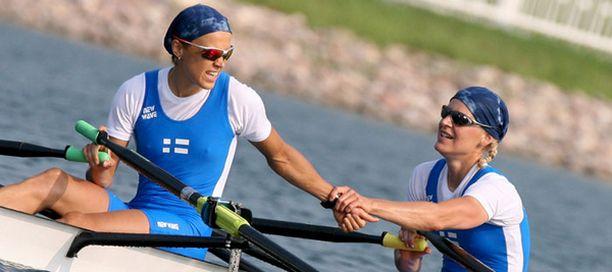 Sanna Sten ja Minna Nieminen esiintyivät vahvasti välierässä.