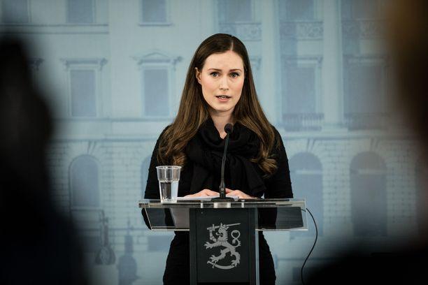 Pääministeri Sanna Marin tuo esille huolensa siitä, että koronavirustilanne on pahentunut Suomessa nopeasti.