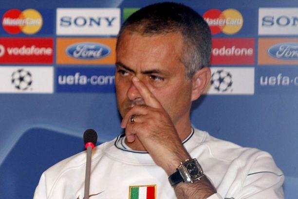 Jose Mourinho sai kenkää Chelseasta syksyllä 2007.
