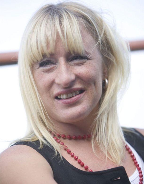 Katja Ståhl lähtee kohti uusia seikkailuja.