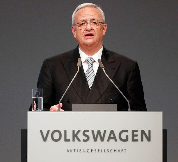 Pääjohtaja Martin Winterkorn pyysi julkisesti anteeksi päästöhuijausta.
