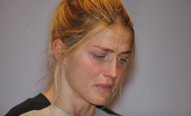 Therese Johaugin käryllä saattaa olla vaikutuksia muidenkin harjoitteluun, pelkää valmentaja.