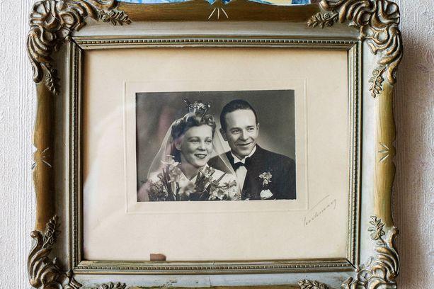 Siiri ja Leo saivat toisensa paukkupakkaspäivänä maaliskuussa 1945.