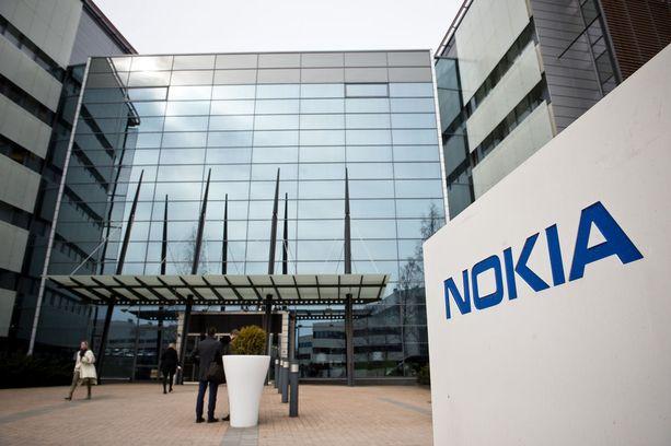 Nokian osake sukeltaa Helsingin pörssissä.