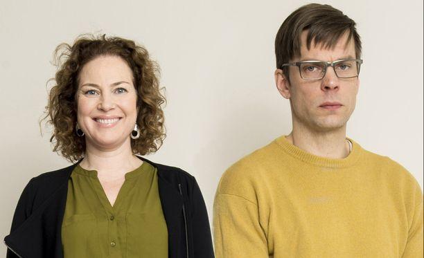 Miia Nuutila ja Mikko Nousiainen näyttelevät sarjassa eronneita vanhempia.